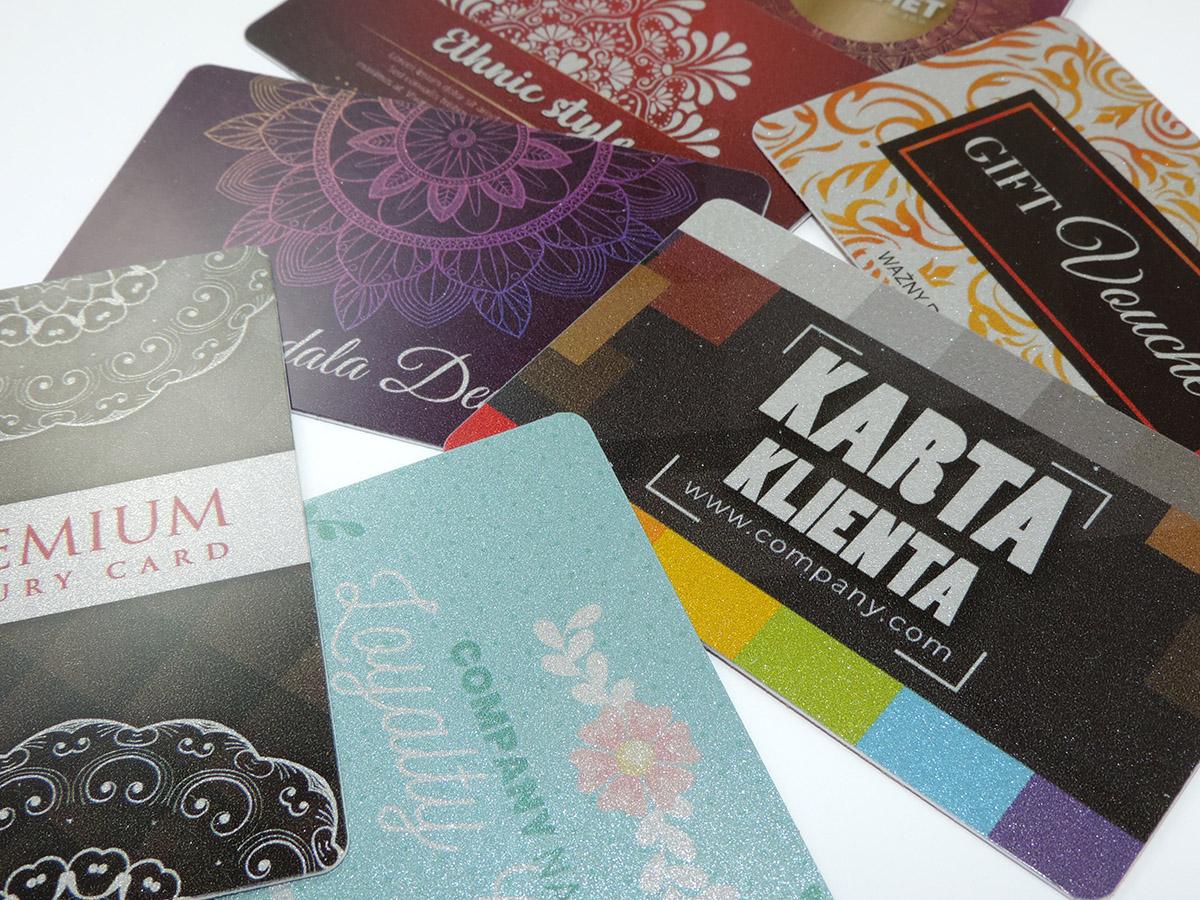 Karty klienta srebrne, plastikowe PCV