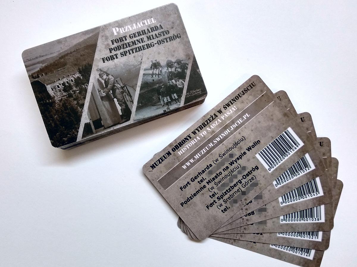 Karty plastikowe dla muzeum